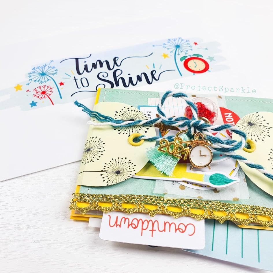 Flipbook Mini Album – by Emma, Project Sparkle.